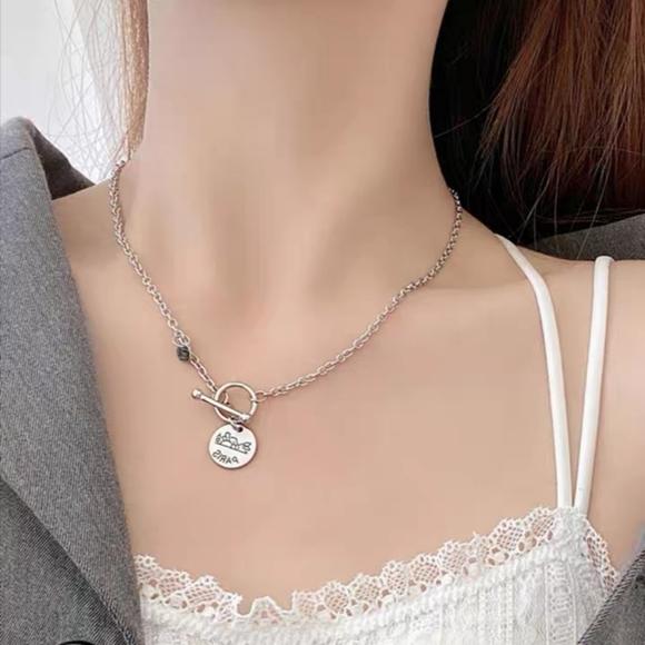 3 for $25 elegant vintage style necklace